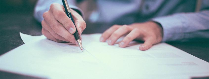 Sinnbild AVV unterschreiben